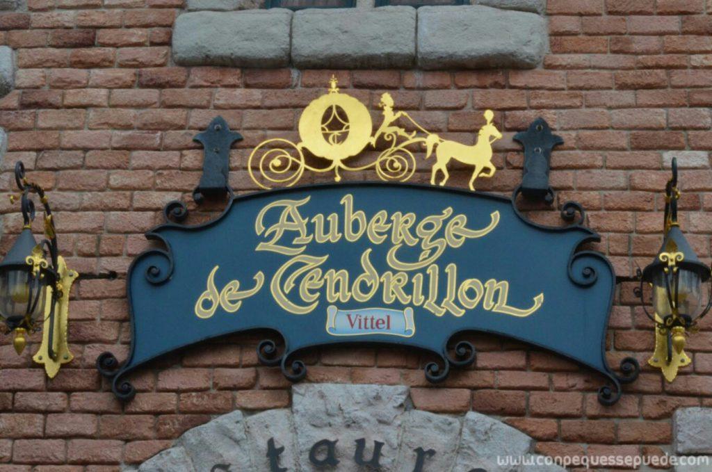 Cartel del restaurante Auberge de Cendrillon
