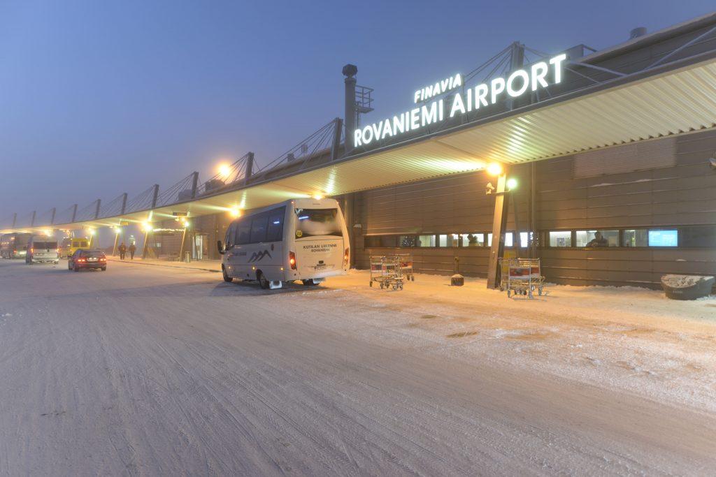 El aeropuerto con más vuelos es el de Rovaniemi que, evidentemente, estaba súper nevado