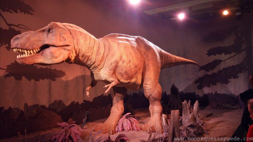 La estrella del museo de historia natural, un TRex animatrónico